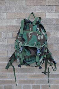 US-Army-MOLLE-II-Patrol-Pack-Woodland-Camo