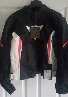 Dainese Avro D1 Lady Leather Motorcycle Jacket - Black / White / Fuschia size 48 segunda mano  Embacar hacia Spain