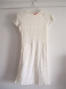Lace dress white Bar Beach Newcastle Area Preview
