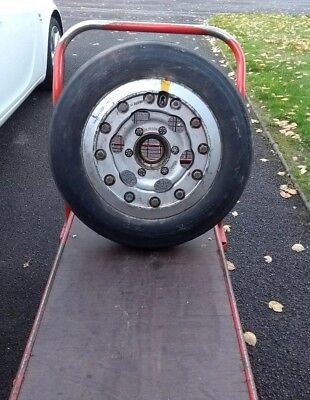 RAF Aircraft Hunter Main Undercarriage Landing Gear Wheel Tyre