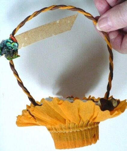 Vintage 1930s THANKSGIVING Crepe Paper Nut Favor Candy Cups Baskets