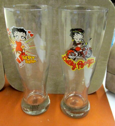 """VINTAGE BETTY BOOP 9"""" GLASS TUMBLERS 2004 BEER JUICE DATED SEXY MOTORCYCLE HEART"""