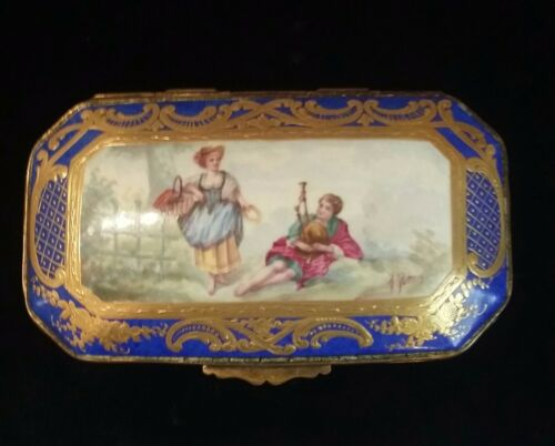 19th C French Russianger-Pouyat Porcelain Hand Painted Gilded Jewelry Vanity Box