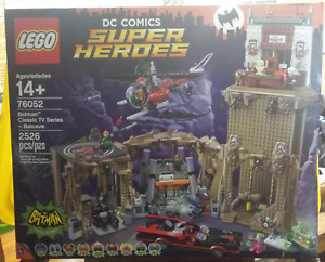 Lego 76052 DC Superheroes Batman Classic TV Series Batcave