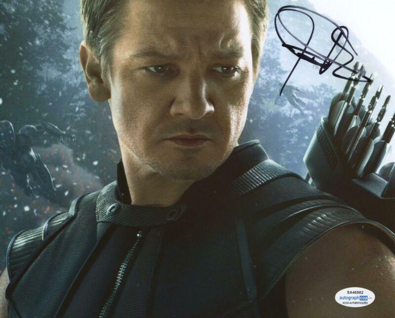 Jeremy Renner Autographed Signed 8x10 Photo Hawkeye The Avengers Marvel ACOA
