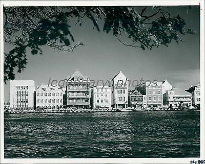 1978 Cute Shops Along Water In Curacao Original News Service Photo