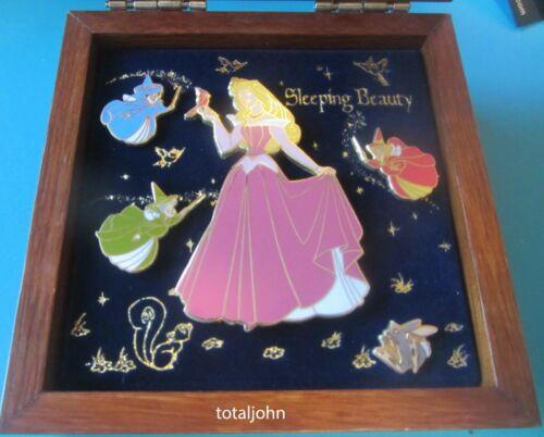 Disney Boxed Collection Aurora Sleeping Beauty 5 Pin Set Three Fairies
