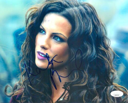 KATE BECKINGSALE Signed 8x10 VAN HELSING Photo Autograph JSA COA Cert