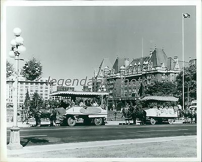 1974 Horse Drawn Carriages In Victoria Original News Service Photo