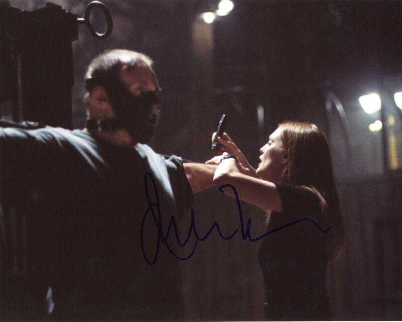 """Julianne Moore """"Hannibal"""" AUTOGRAPH Signed 8x10 Photo ACOA"""