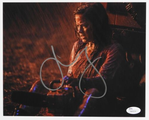 Jane Levy Evil Dead JSA signed autograph 8 x 10 Photo