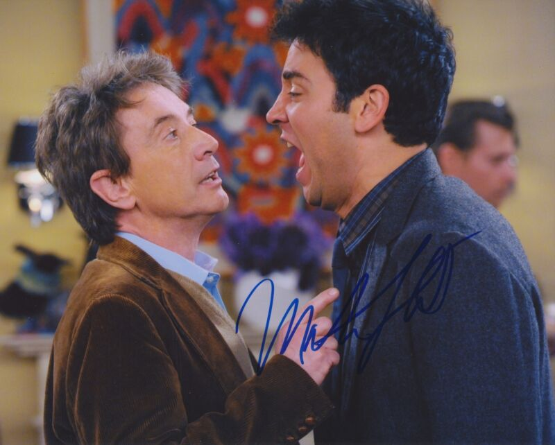 MARTIN SHORT SIGNED HOW I MET YOUR MOTHER 8X10 PHOTO