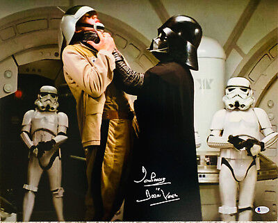 Dave Prowse Authentic Signed Star Wars Darth Vader 16x20 Photo - Beckett BAS 8