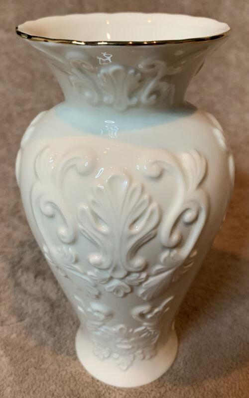 "Lenox Georgian Medium  7.5"" Gold Trim Vase.  American by Design."