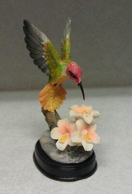 Hummingbird Figurine 3 White Flowers Outside Birds Nector