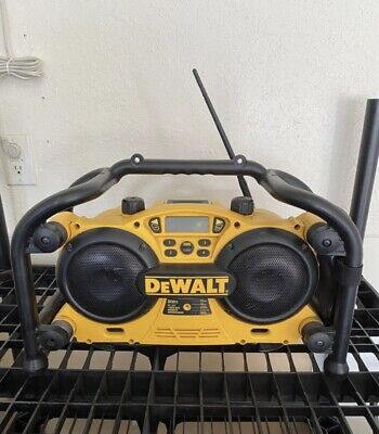 Dc011 Dewalt Worksite Radiocharger