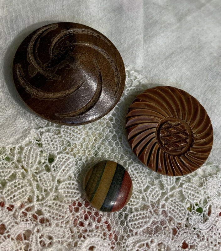 Vintage 3 Striped &  Carved Wood Buttons 126-20