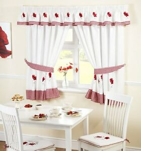 Poppie kitchen curtains in a modern embroidered red design - Rideaux pour cuisine moderne ...