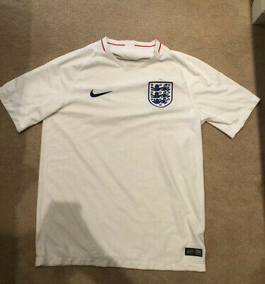 Nike England 2018 Football Shirt Size Medium