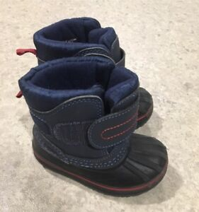Boys size 4 joe fresh winter boots - $7