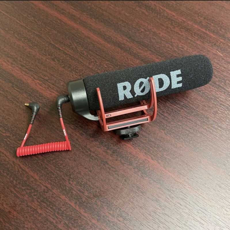 Rode VideoMic GO Handheld Wired 3.5mm Professional Microphone