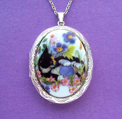Porcelain CALICO CAT with YARN CAMEO Costume Jewelry ST Locket Necklace for Gift