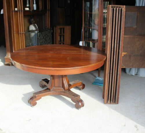 Antique Round 54″ Diameter Mahogany Dining Table with 5 Original Leaves