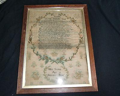 Antigüedad muestra bordado en lino fechado y firmado 1818