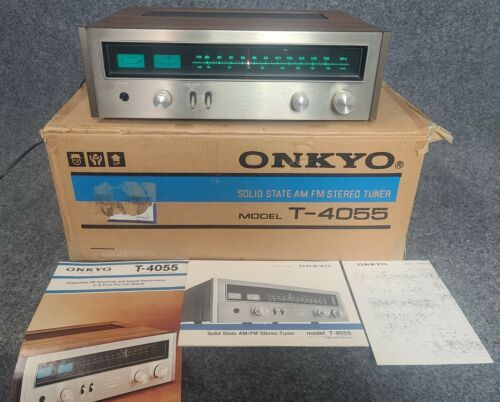 Onkyo Solid State Stereo Tuner Model T-4055 with original box and papers
