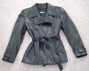 LADIES BLACK LEATHER JACKET - SIZE 10