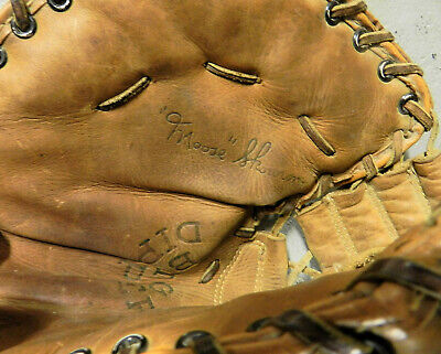 9c11fe0b7a3 Baseball Glove Left Handed - 9 - Trainers4Me