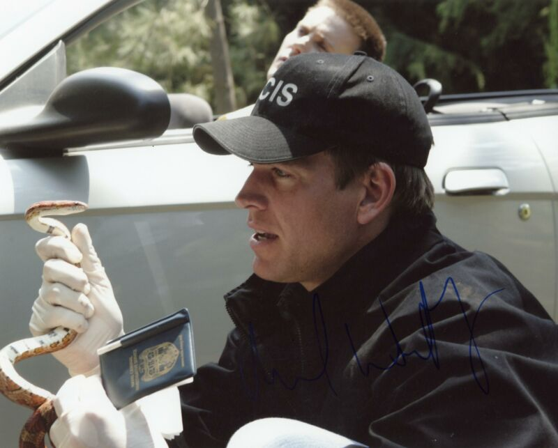 "Michael Weatherly ""NCIS"" AUTOGRAPH Signed 8x10 Photo B ACOA"
