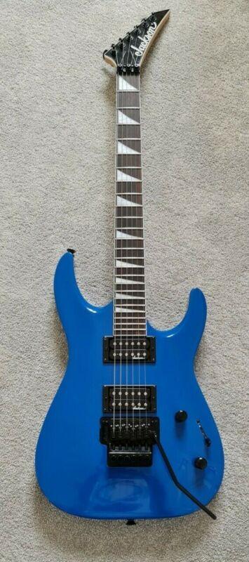Jackson JS Series Dinky™ Arch Top JS32 DKA Guitar - Bright Blue