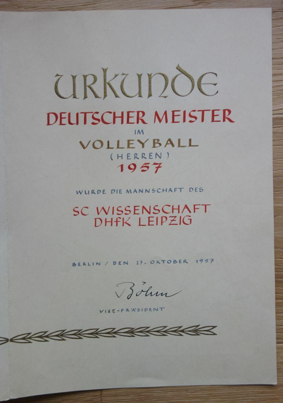 Urkunde Deutsche Meister Volleyball 1957 SC Wissenschaft DHFK