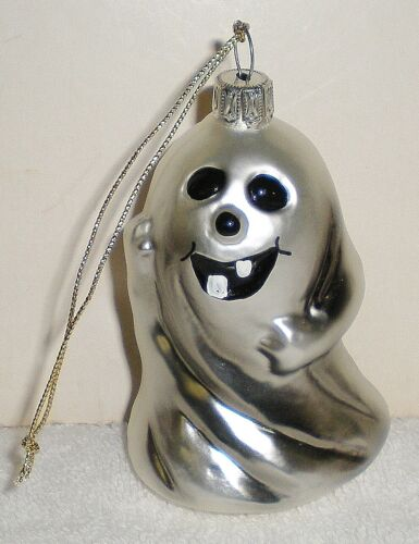 BLOWN GLASS TOOTHY GRIN GHOST HALLOWEEN TREE ORNAMENT - GERMANY - EC