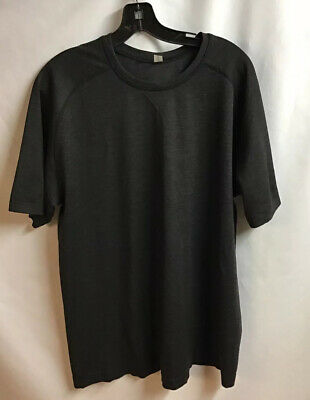 Men's Lululemon XL Metal Vent Short Sleeve Shirt Black Stretch