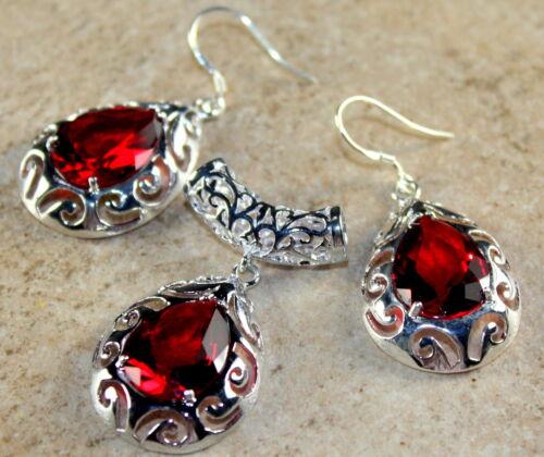 SILVER Elegant Red Garnet Teardrop Pendant & Earrings Set