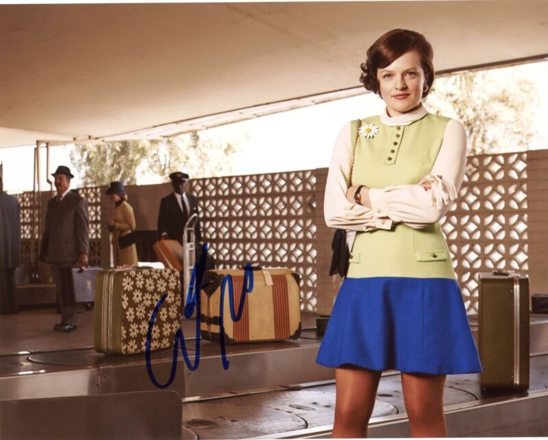 "Elisabeth Moss ""Mad Men"" AUTOGRAPH Signed 8x10 Photo"