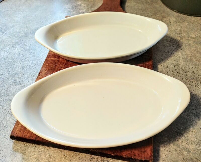 Vintage Buffalo China Oval Baking/Serving Dishes (2)