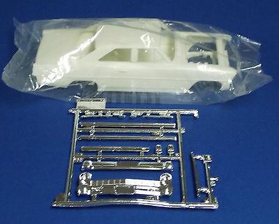 New AMT 66 Nova Parts, Body,Interior, Frame, Suspension, Windows 1:25 st136