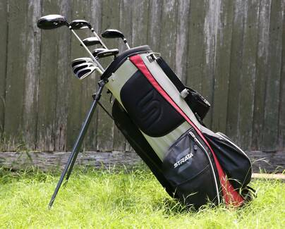 Right-Handed Callaway Strata Golf Clubs