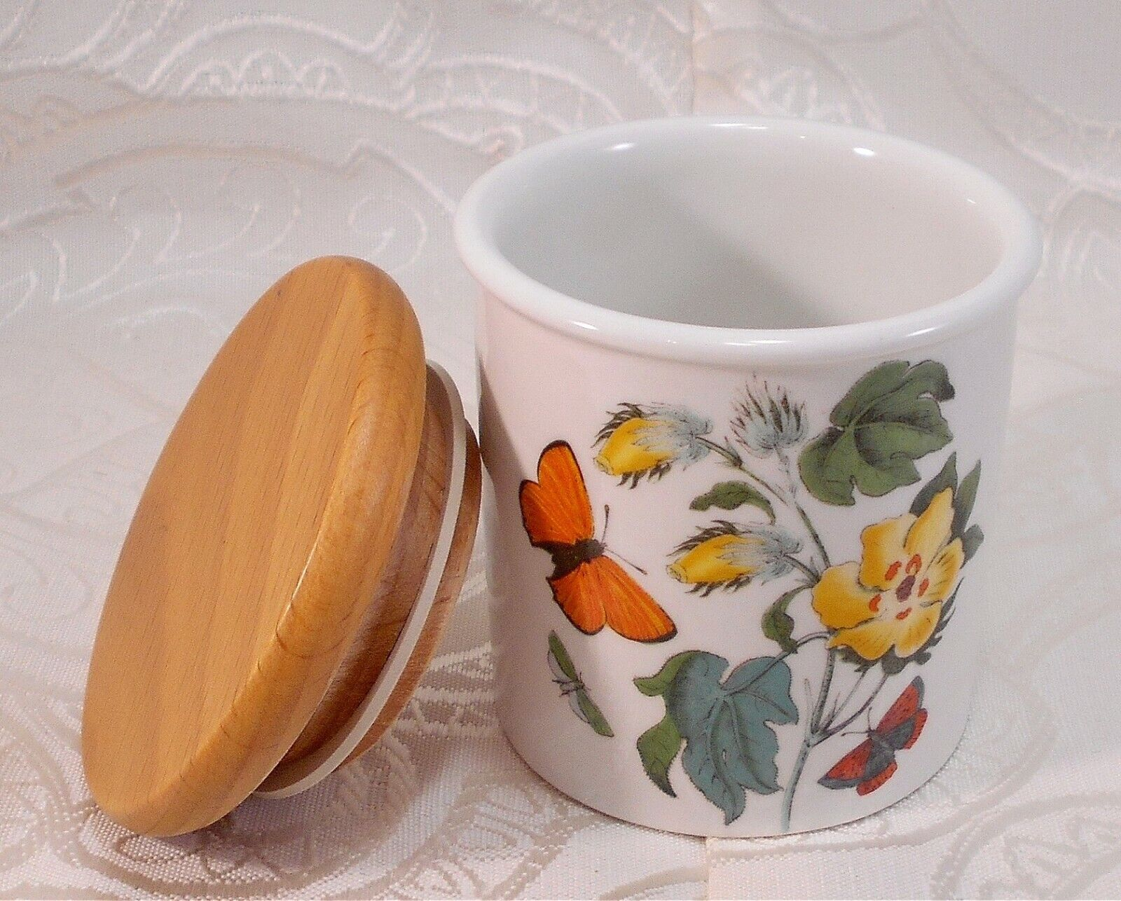 Cotton Flower Portmeirion Spice Jar Wood Lid Small Storage Canister England 1972 - $23.94