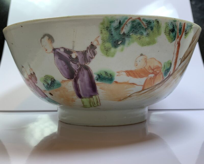 Chinese Antique Hand Painted Porcelain Bowl
