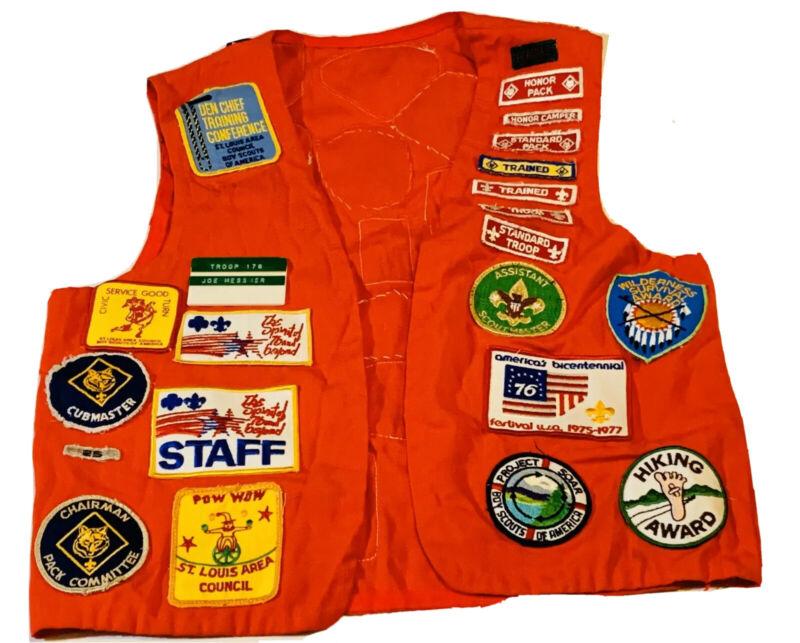 boy scouts bsa Patch Vest 1976 Patch Lot Staff Shiloh Artillery Vintage Red