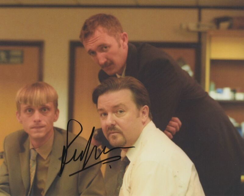 RALPH INESON SIGNED THE OFFICE 8X10 PHOTO 2