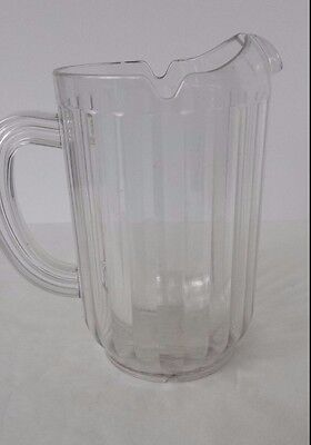 ( Plastic Rubbermaid Beer Water Tea Clear Pitcher)