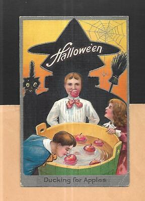 WITCH, BLACK CAT, CHILDREN BOB FOR APPLES On Vintage 1910 HALLOWEEN - Bob For Apples