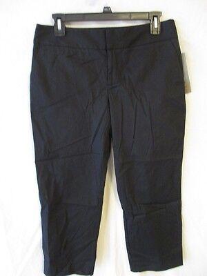 Daisy Fuentes Cotton Blend Size 4 Black Capris SR$44 NEW 22 Blend Capri-hosen