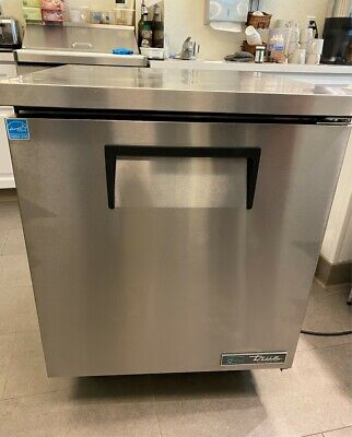 True Tuc 27 Hc Commercial Undercounter Refrigerator