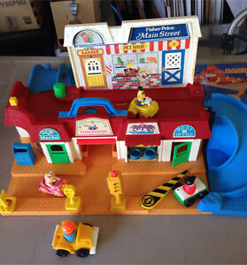 Fisher Price Main Street Play Station